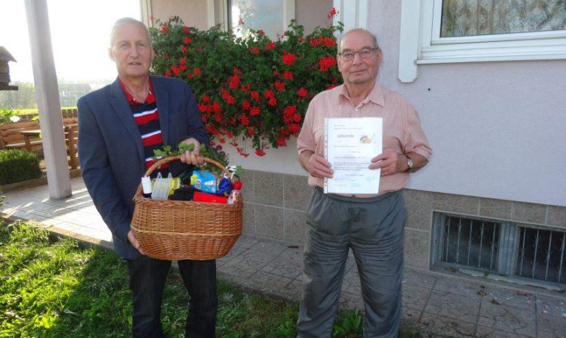 Der Imkerverein Winklarn gratuliert Hrn. Josef Gindl zum 85. Geburtstag