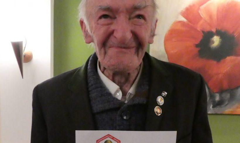 Der Imkerverein Wolfsbach trauert um seinen Ehrenobmann Alois Haselmayer!